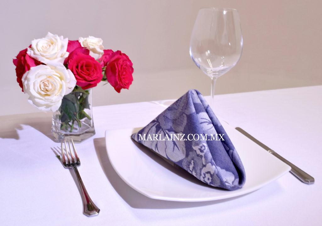 Servilleta Vintage Mil Rosas Azul Marino (2)