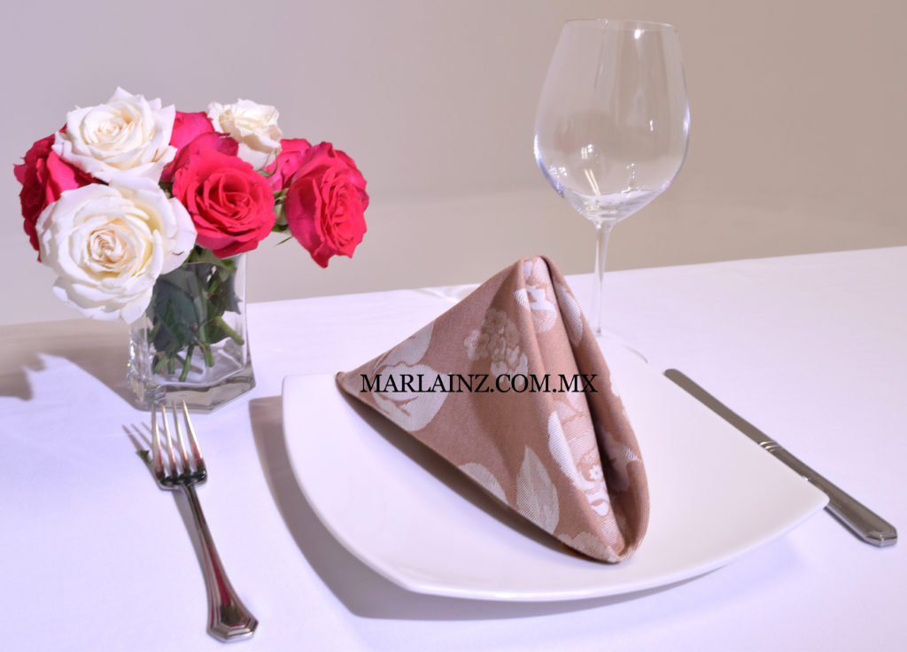Servilleta Vintage Mil Rosas Caqui (2)