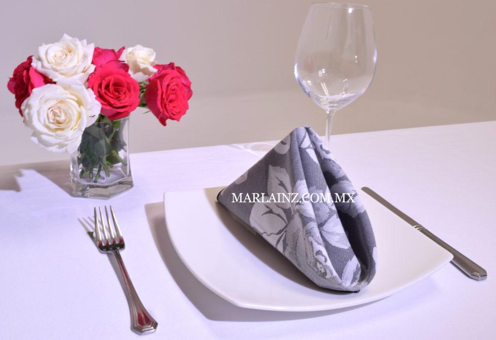 Servilleta Vintage Mil Rosas Negro (2)